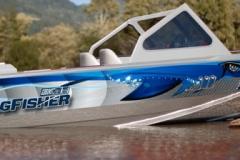 sharkboat600px